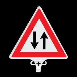 Üstün - Dikkat (Çift Taraflı) Üçgen Gidiş Geliş Ok Uyarı Levhası – UT 2804